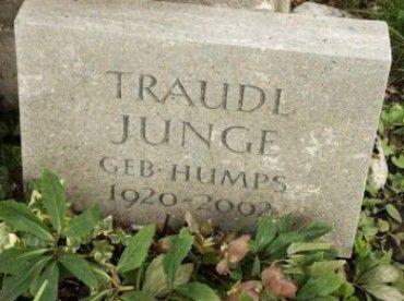 Traudl Junge (1920 - 2002)