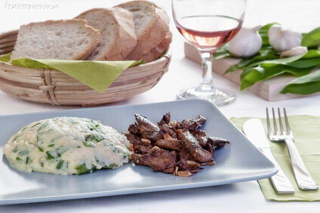 ízharmonikus: Fokhagymás csirkemáj medvehagymás krumplipürével
