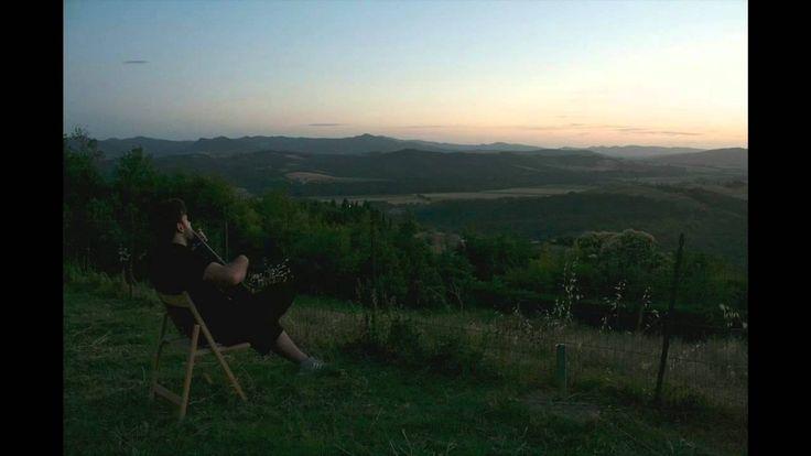 il #tramonto, una #chitarra nella pace assoluta di #Scornello vicino a #Volterra in #agriturismo