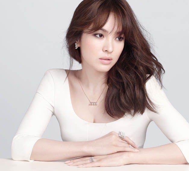 Song Hye Kyo - J.Estina SS 2015