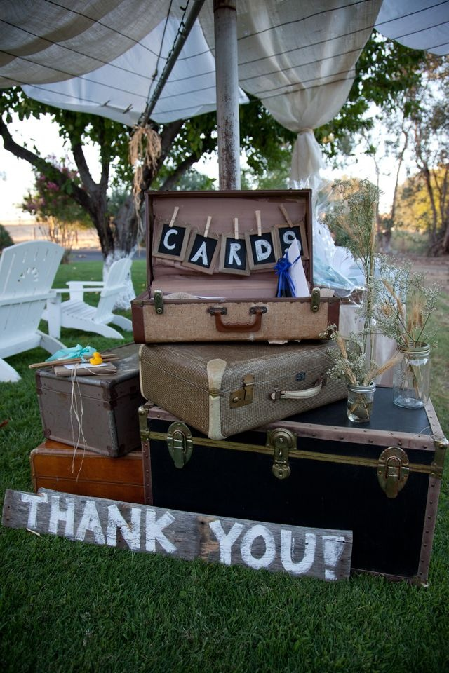 Keri's amazing transformation of a clothesline into a tent for cards & gifts
