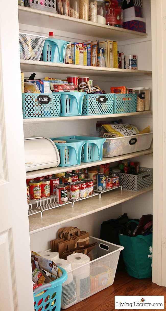Makeover your kitchen pantry with $50 or less! Inspiring kitchen pantry organization ideas with free printable chalkboard labels. Easy home organizing ideas. http://LivingLocurto.com
