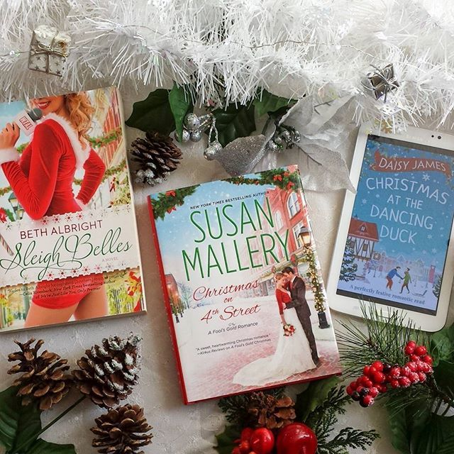It S Beginning To Look A Lot Like Christmas Everywhere You Go Happy December Book Lovers Bookstagram Inspiration Happy December Christmas Dance