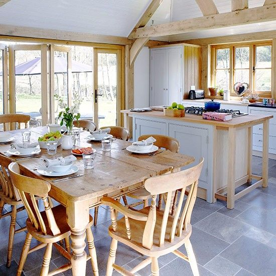 Airy kitchen space with farmhouse furniture | Open-plan kitchen design ideas | Kitchen | PHOTO GALLERY | Country Homes and Interiors | Housetohome.co.uk