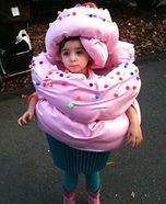 Creative homemade costumes for babies - The Cupcake Homemade Costume