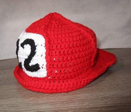 Kostüme & Verkleidung - Feuerwehrhelm in Rot für Kinder Alter: 2-3 Jahre - ein Designerstück von Rasselbande-MelanieHechenberge bei DaWanda