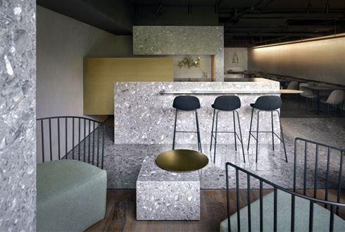 Minimalistisch interieur restaurant: cafe in prag beweist
