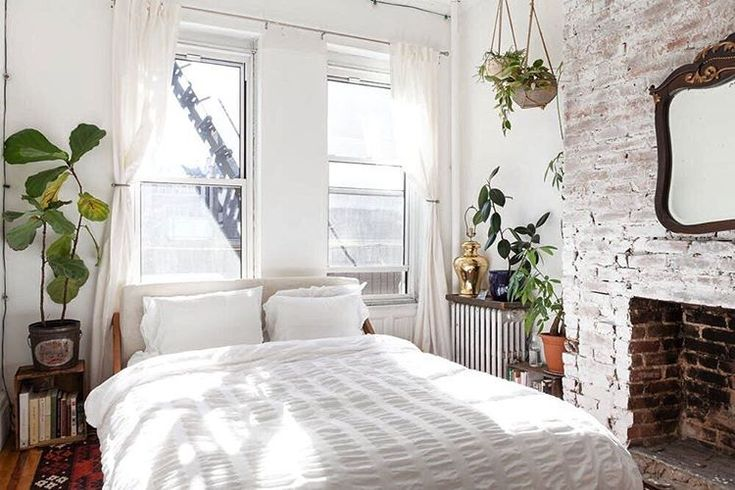 """18.8k Likes, 82 Comments - Apartment Therapy (@apartmenttherapy) on Instagram: """"Nestled in the quiet tree-lined streets of Brooklyn's Clinton Hill neighborhood, this classic…"""""""