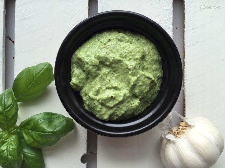 De allerlekkerste en healthy homemade pesto (zonder pijnboompitten)