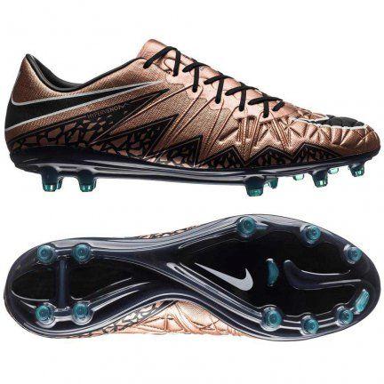 Buty piłkarskie Nike Hypervenom Phinish FG zostały zaprojektowane z myślą o szybkich i ofensywnych piłkarzach. Komfortowa, bezszwowa cholewka została zrobiona z materiału NikeSkin i wraz ze zintegrowanym językiem oraz delikatną fakturą 3D gwarantują niezawodne czucie piłki, które da ci pełną kontrolę nad nią i sprawi, że strzały lub podania będą precyzyjne jak nigdy dotąd.   #Nike #PiłkaNożna #PilkaNozna #Football #Futbol #Futsal #Swoosh #NikeFootball