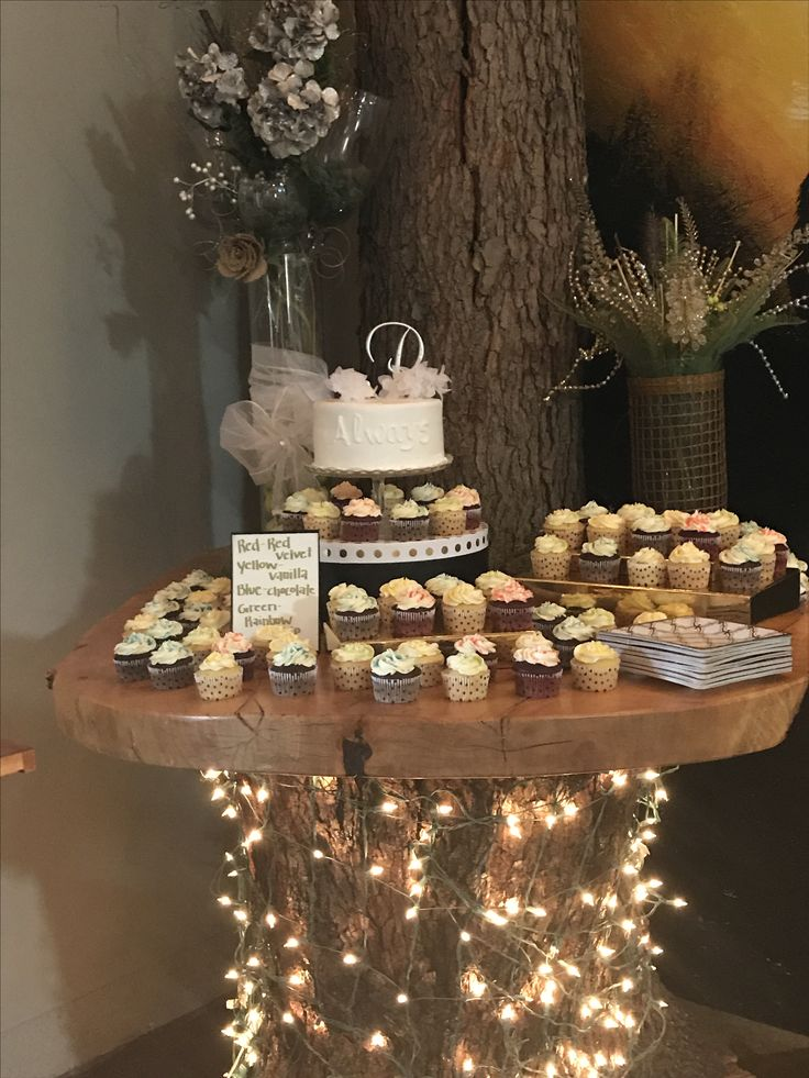 Best 25 Wedding Cupcakes Display Ideas On Pinterest