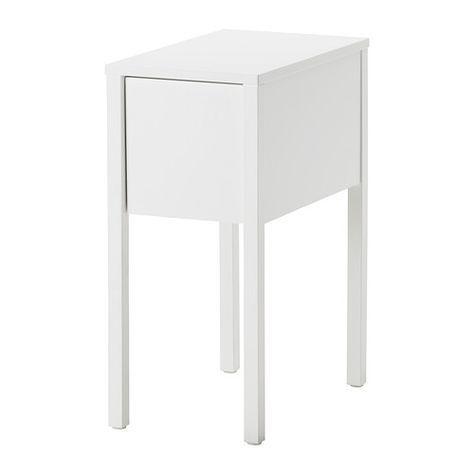 IKEA - 70€ NORDLI, Mesilla de noche, , En la balda oculta hay espacio para una toma múltiple para los cargadores.En la ranura de la pata de la mesa puedes ocultar un cable.Gracias al accesorio extraíble del cajón podrás ordenar los objetos pequeños.