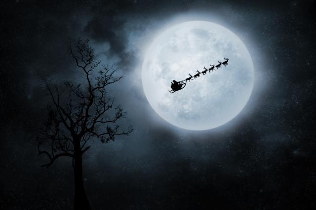 Full moon at Christmas