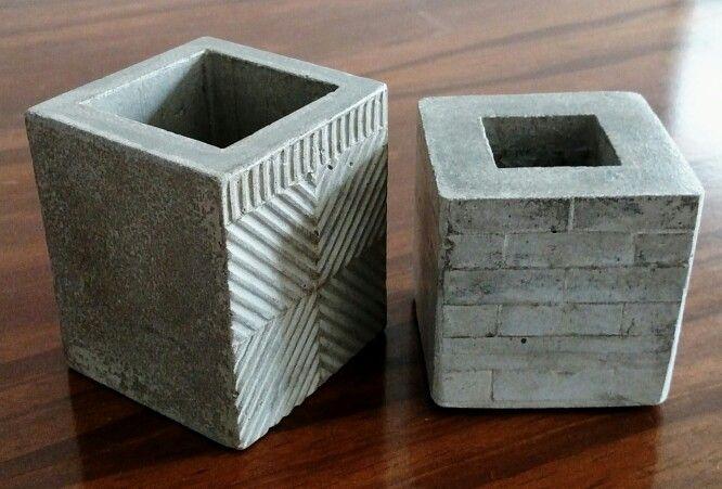 #macetas en cemento con texturas