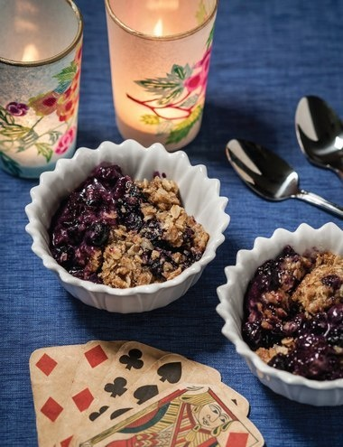 Vintage Inspired Holiday Dinner 1947 - Blueberry Oatmeal Crisp #thanksgiving @thewayweate