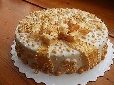 Торт из печенья и сгущенки с грецкими орехами