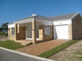 Gordons Bay Property   Price: R 1,167,000   Ref: 637580