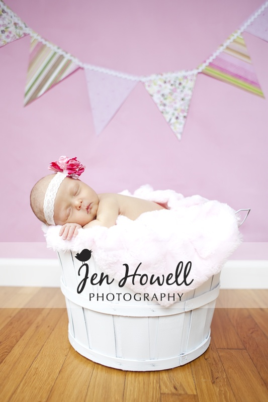 Amazing!! What a great photo, and a sweet little girl!! Memphis newborn photography by Jen Howell