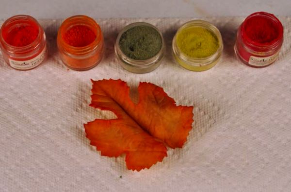how to make fondant leaves look real
