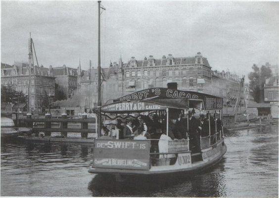 1902 Pontje over de Amstel tussen de Ceintuurbaan en Blasiusstraat