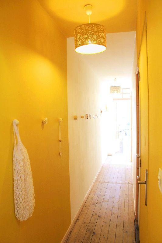 Les 25 meilleures id es de la cat gorie couloir d 39 entr e troit sur pinterest couloirs troits for Idee deco couloir long