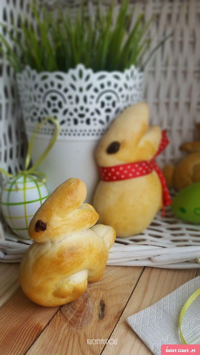 Wielkanocne zające z ciasta drożdżowego