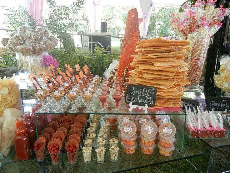 Mesas de dulces y botanas