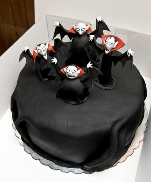 <3  Vampire Cake