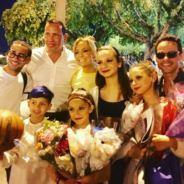 Jennifer Lopez Marc Anthony Alex Rodriguez Are Modern Family Goals In New Video Alex Rodriguez Jennifer Lopez Jennifer Lopez Marc Anthony
