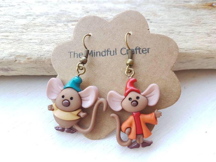 Disney jewellery mouse earrings Cinderella mice earrings Cinderella jewellery Disney earrings Disney mouse jewellery Mouse Jewelry Jaq & Gus by TheMindfulCrafter on Etsy https://www.etsy.com/listing/545741191/disney-jewellery-mouse-earrings