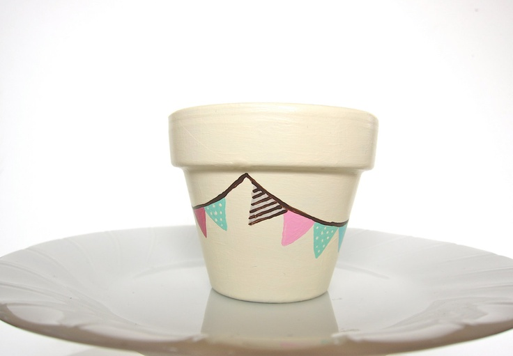 Hand-painted flower pot w/ bunting by oneeyeddog