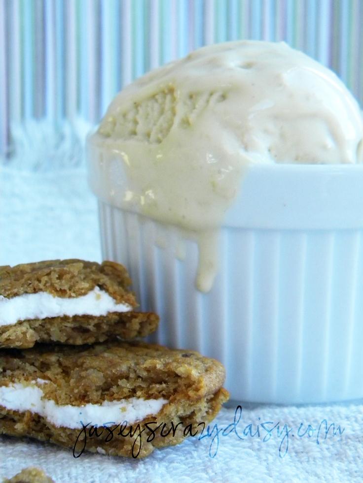 Oatmeal Cookie GelatoOatmeal Cookies, Ice Cream Maker, Frozen Treats, Gelato Recipe, Cold Treats, Crazy Daisies, Icecream, Apple Pies, Cookies Gelato