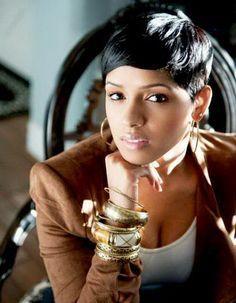 Sleek Short Haircut for African American Women