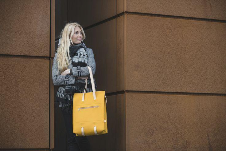 Jonas Hakaniemi for Lahtiset, bag JHFL 01-03, http://www.lahtiset.fi/fi/jhfl/jonas-hakaniemi-for-lahtiset.html #jonashakaniemi #lahtiset #felt #leather #bag #yellow