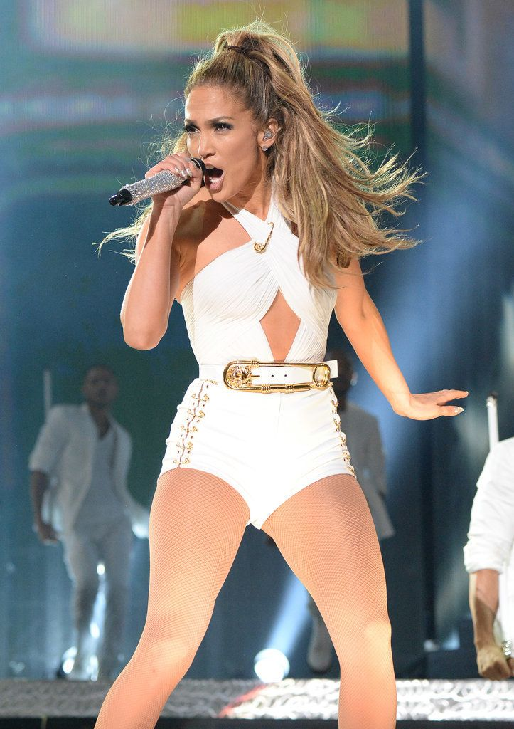 Jennifer Lopez's Hometown Show Gives Miley a Run For Her Money: Jennifer Lopez hit the stage for her first-ever hometown show in the Bronx, NY, on Wednesday night.