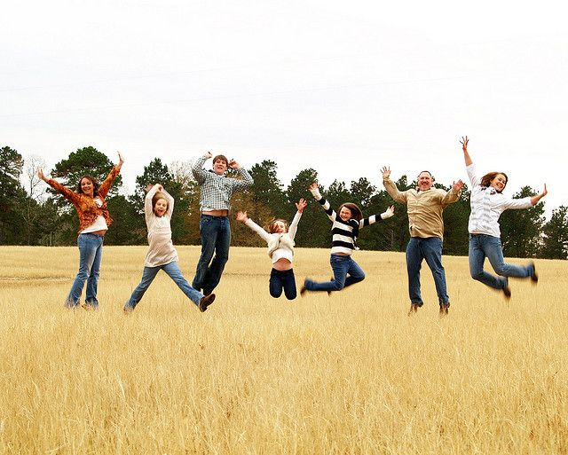 We just did a pic like this today with all 7 of us!