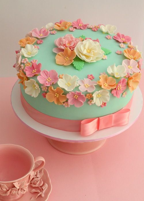 Flower cake. Beautiful colours! ᘡղᘠ