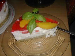 Adriana  Hobby: Desert cu cremă de brânză, piersici şi blat de bis...