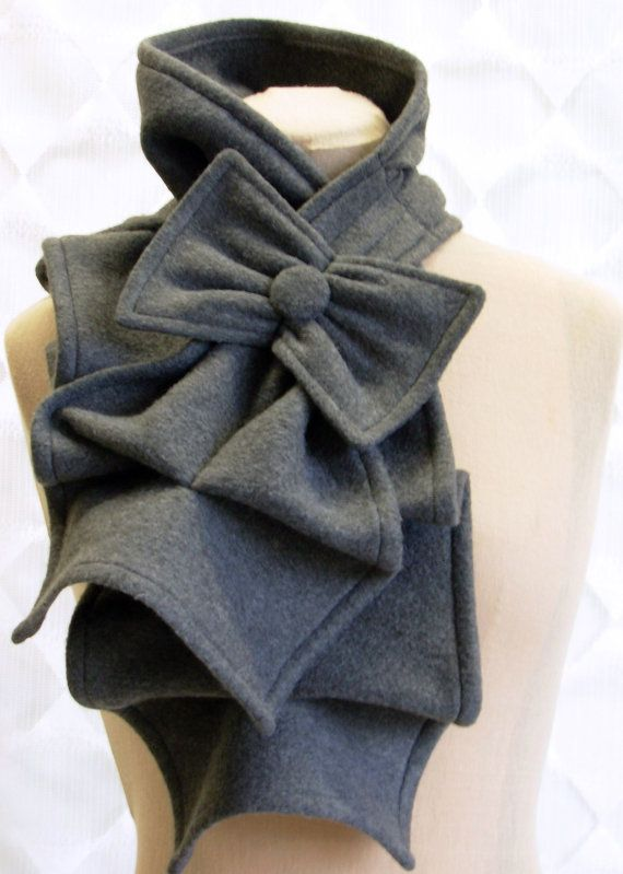 Fleece ruffle and bow scarf, LOVE (and no itchies)