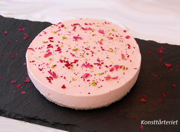 Rose yoghurt cheesecake, Gluten Free!