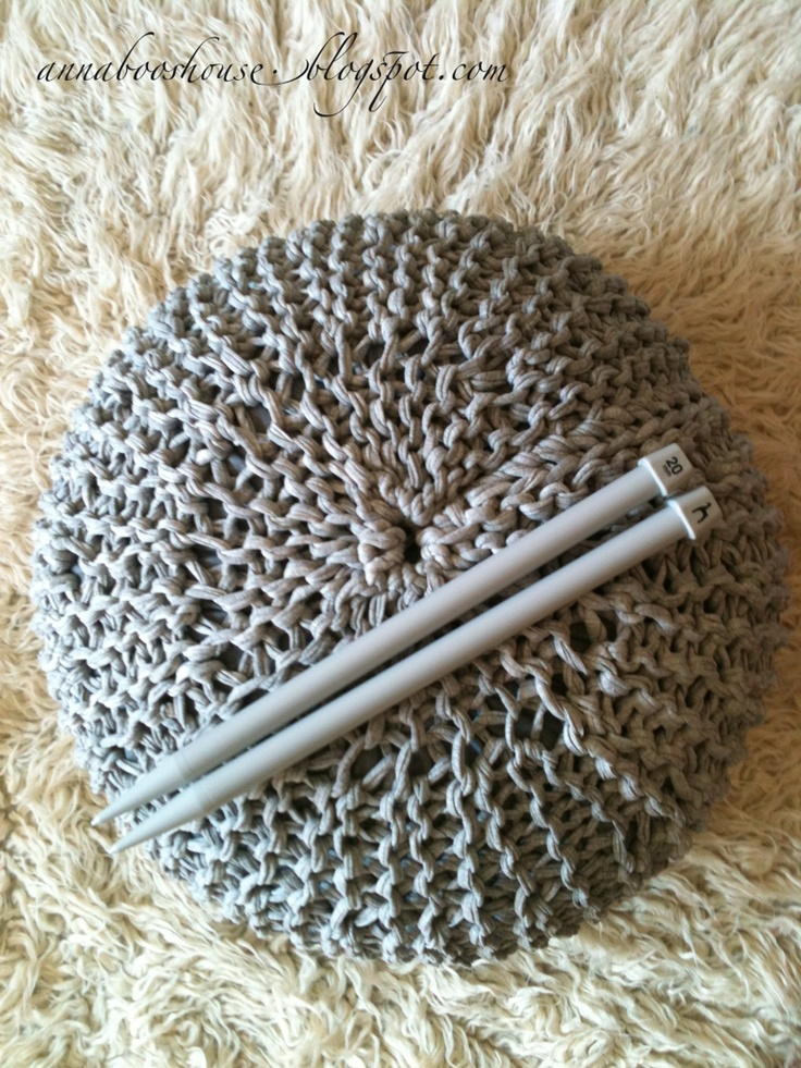 Knitted Pouf - Free Knitting Patern via Annaboo's house