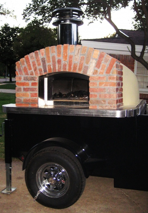 Lubbock Is Starting To Get Food Trucks, And This One Is A Portable Wood Fired  Pizza Oven!