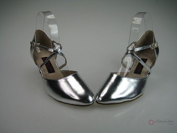 Model: H1302-02_SilverSP Link: http://www.naturalspin.com/natural-spin-signature-standard-smooth-shoesclosed-h130202silversp-p-6741.html