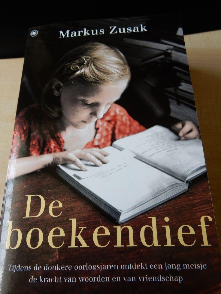 37/50 Markus Zusak - De Boekendief