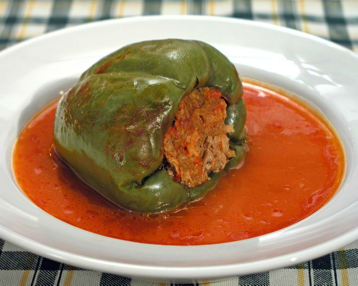 Croatian Recipes: Punjena Paprika - Croatia Week have teamed up with Fini Recepti to bring you your favourite Croatian recipes… Croatian TV chef Almo Čatlak this year completed 10 years of his cooking show 'TV-kuhanja' (TV-cooking). …                                                                                                                                                                                 More