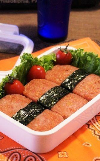 息子弁♪スパムおにぎり弁当 by junjunさん   レシピブログ - 料理 ...