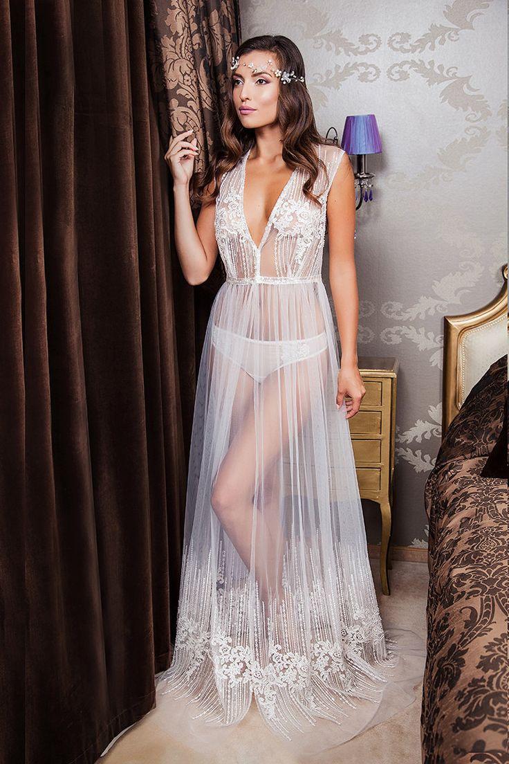 Pregnant wedding dress fail   best bridal accessories images on Pinterest