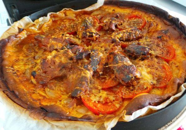 RECIPAY.COM - Tarte salée aux sardines, tomates et oignons