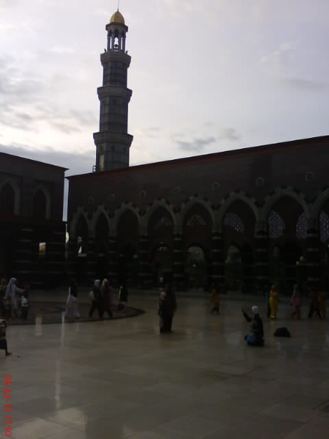 tower of gold mosque