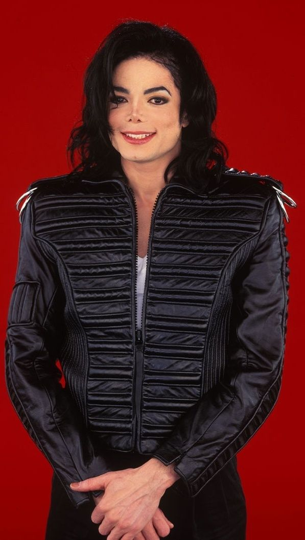 yeah Michael Jackson is dead and a dude but I am so jealous of his hair,so pretty.